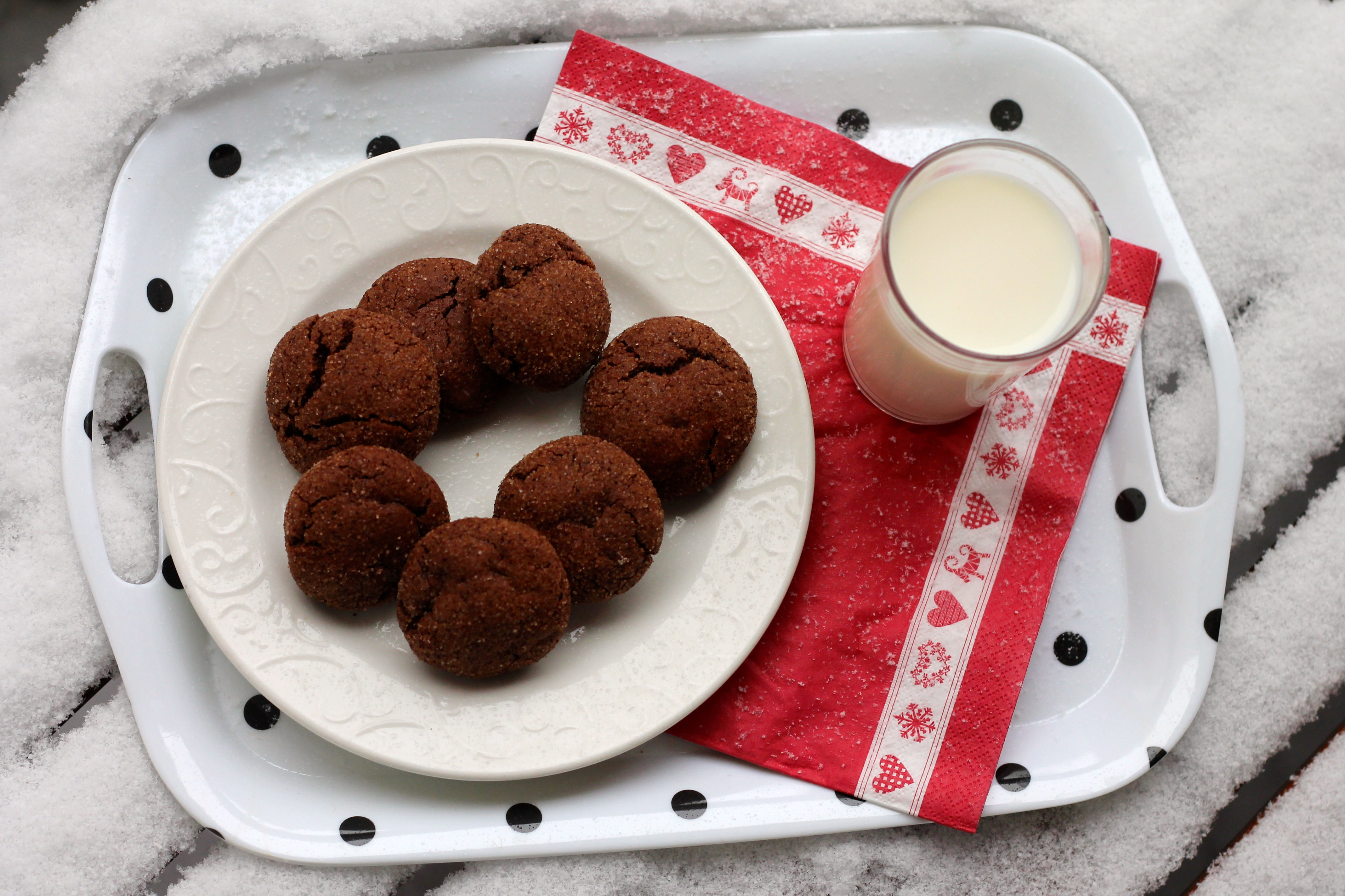 Spicy Chocolate Snickerdoodles // The Muffin Myth