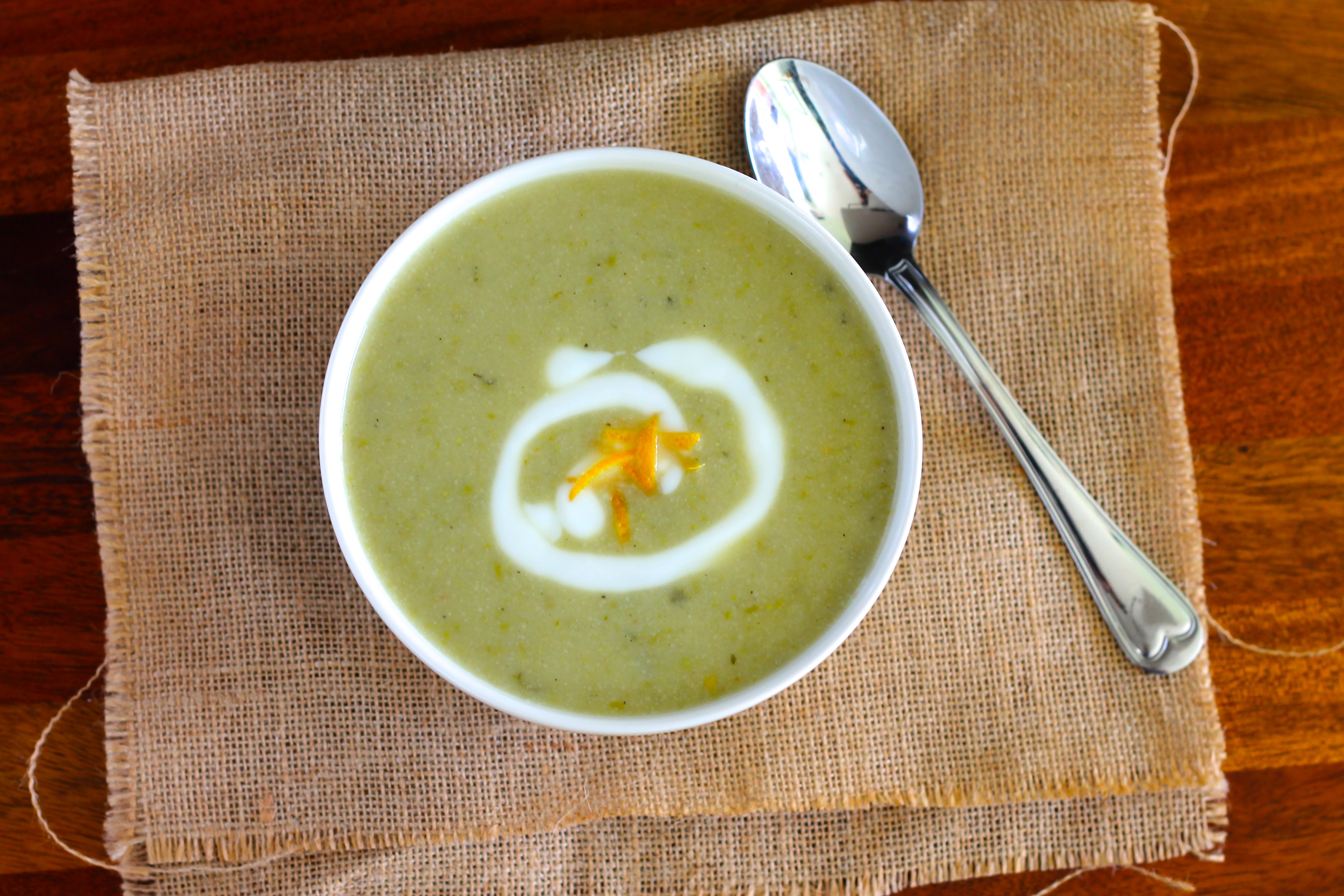 cauliflower and pea soup with lemon and mint