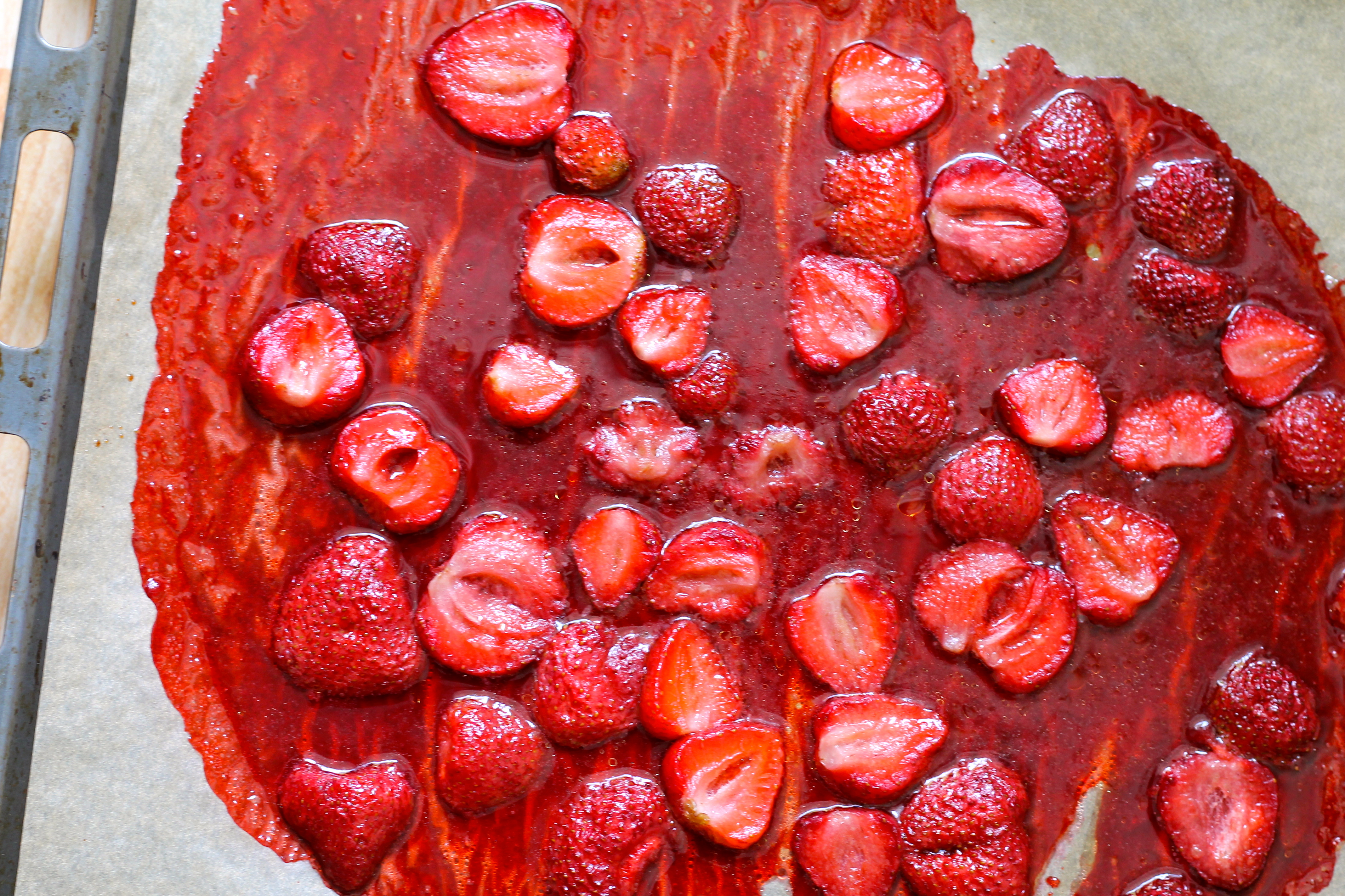 roasted strawberries // the muffin myth