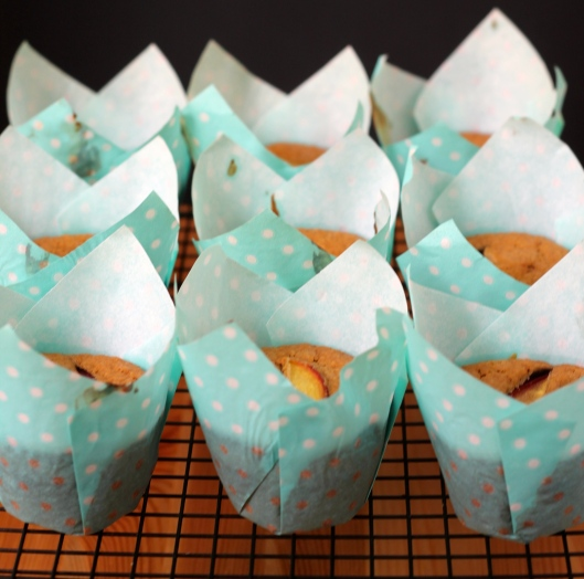 peaches and cream muffins // the muffin myth